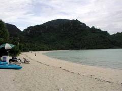 2004 Lo Dalam beach 1.jpg